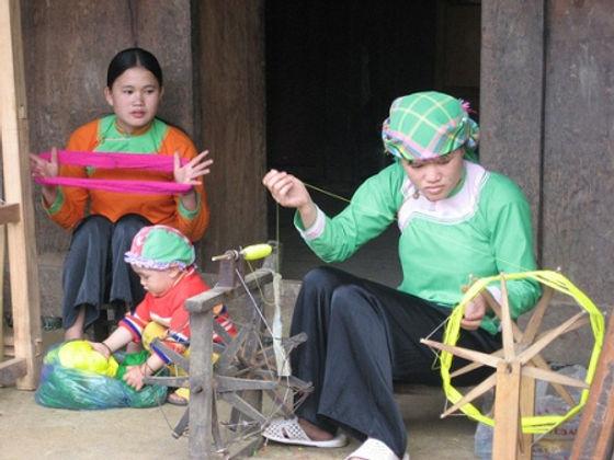 Giay ethnic in ta van village.jpg