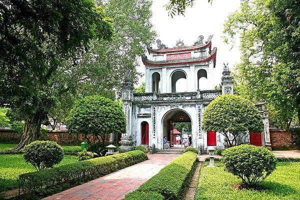 temple of literature.Hanoi Travel Guide