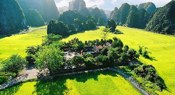 Hoa-Lu-Ancient Capital.jpg