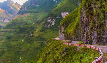 Ma Pi Leng Pass in Ha Giang.png