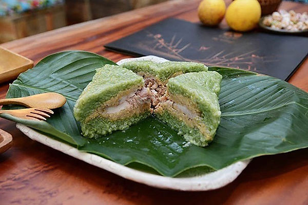 chung-cake-tet-holiday-vietnam-lunar-new year the principal holidays and festival in Vietnam