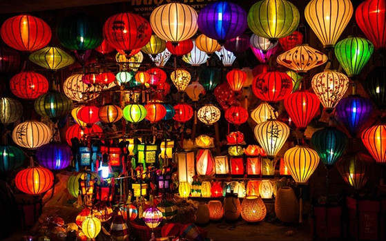 Hoi-an-lantern-festival the principal holidays and festival in Vietnam