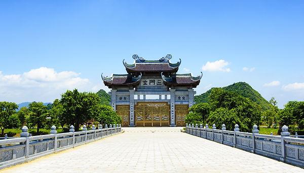 Bai-Dinh-pagoda.jpg