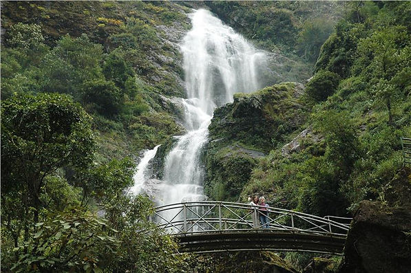 bac-falls-silver-falls-in-sapa.jpeg