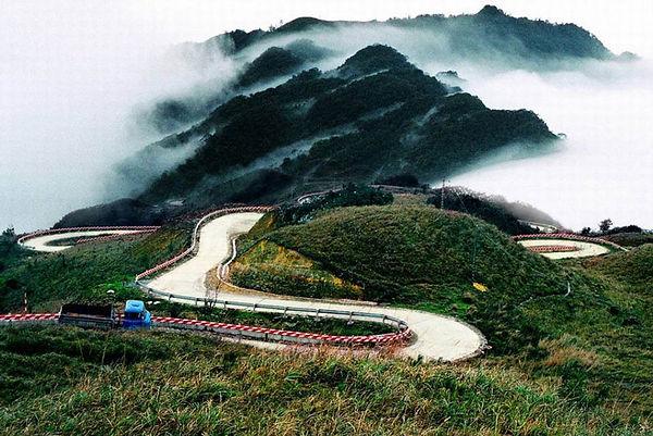 Mai Chau Travel Guide thung-khe-10.jpg