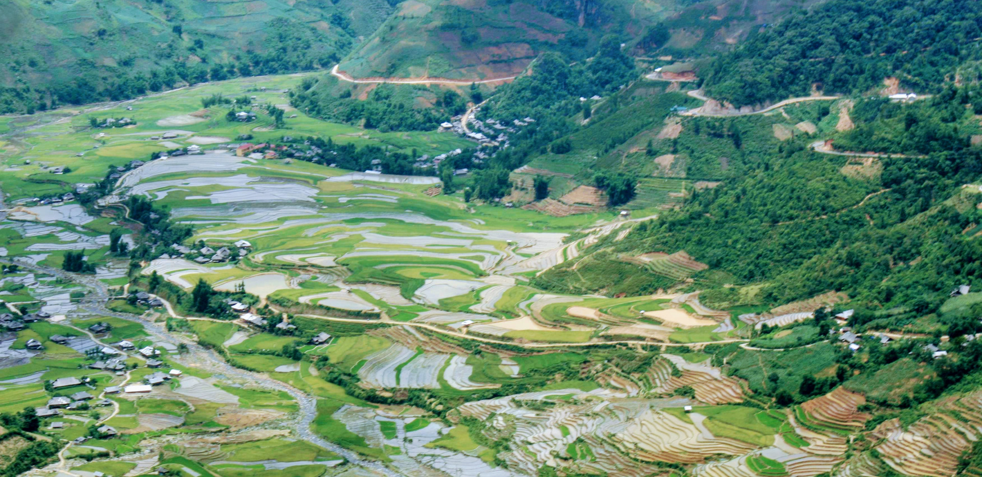 Wonderfull rice fields in mu cang chai