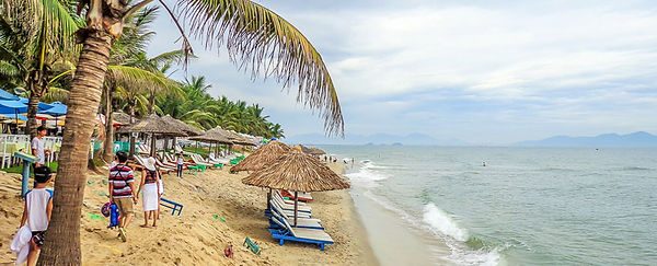 Cua-Dai-Beach racking ideas for Christmas days out in Vietnam