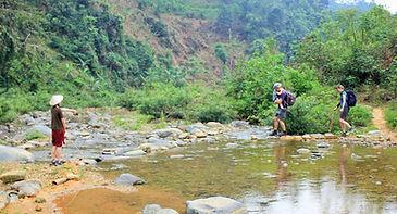 trek in Pu Luong