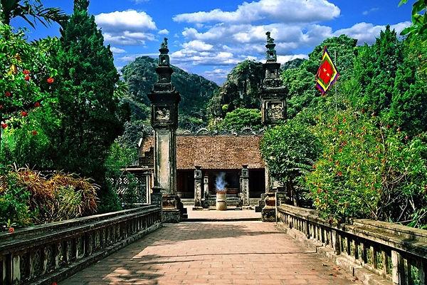 Dinh Le Temple.jpeg