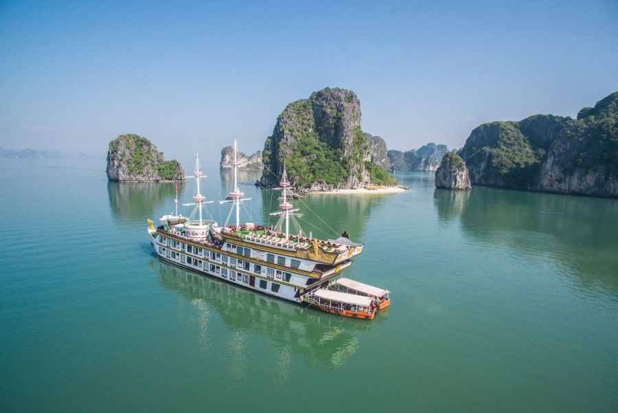 Dragon Legend Halong Bay