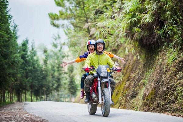 Ninh Binh Travel Guide motorbike to Ninh Binh.jpg