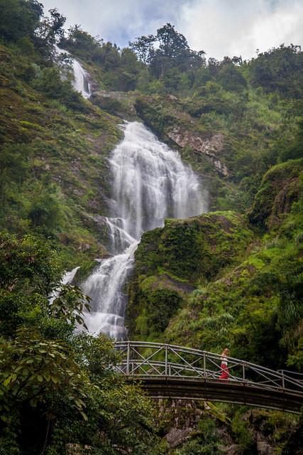 beautiful silver waterfall.jpeg