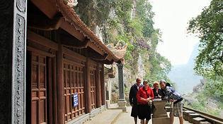At Bich Dong Pagoda