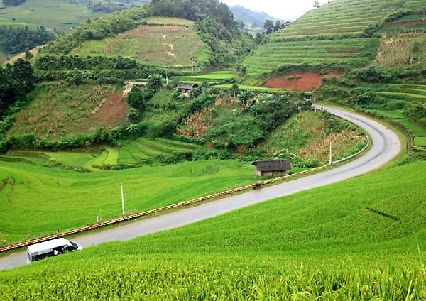 Road to Mu Cang Chai