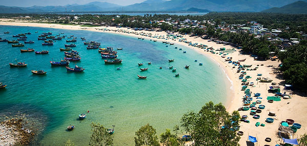 quy nhon beach racking ideas for Christmas days out in Vietnam
