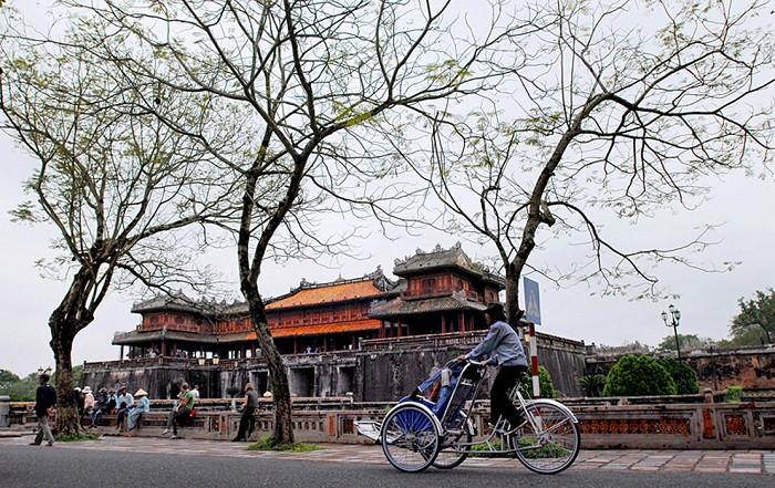 Cyclo-hue World Heritage Sites of Vietnam
