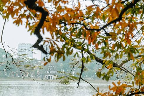 Hanoi - Hoan Kiem Lake.Hanoi Travel Guide