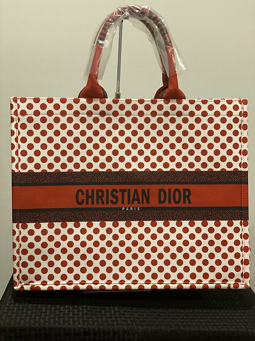 Christian Dior- Red Dots