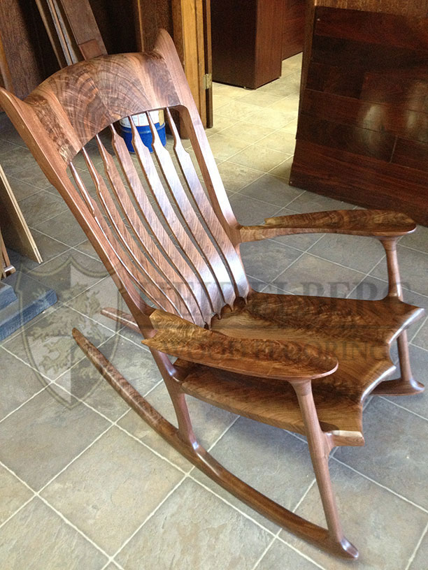 Rocker Walnut