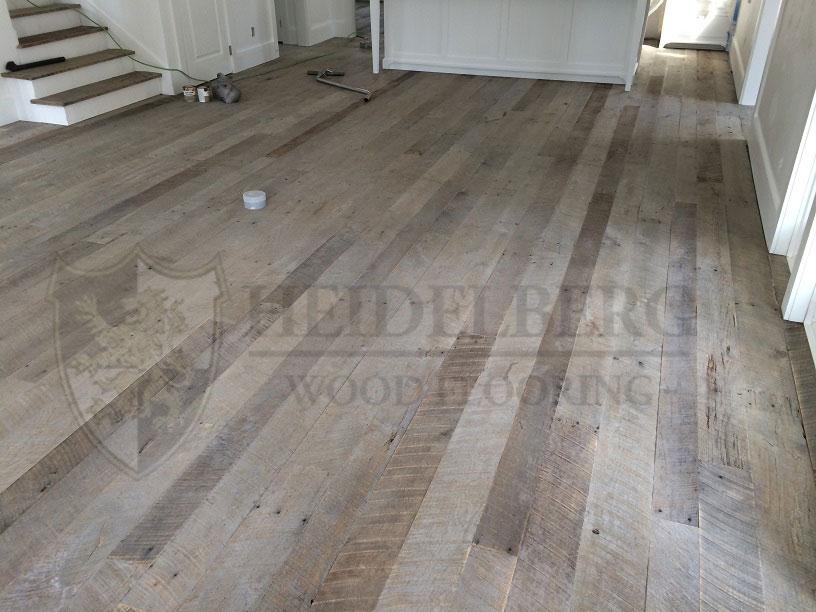 Reclaimed Oak Weathered Gray