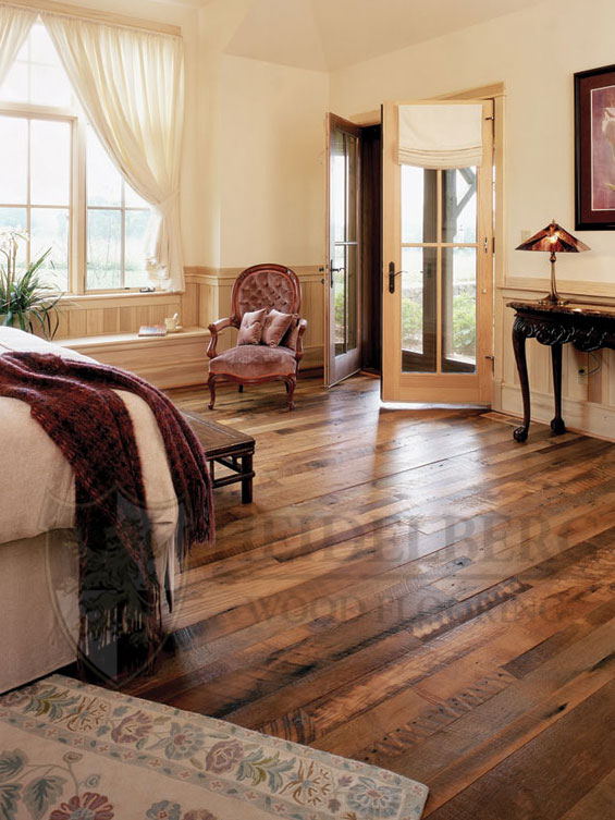 Reclaimed Oak Hit-Miss