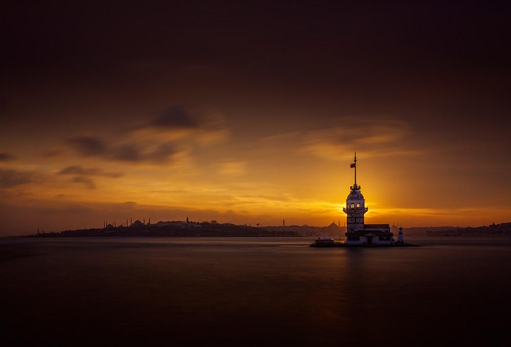 The Maiden's Tower (Kız Kulesi, Leander's Tower), Üsküdar, Istanbul, Turkey