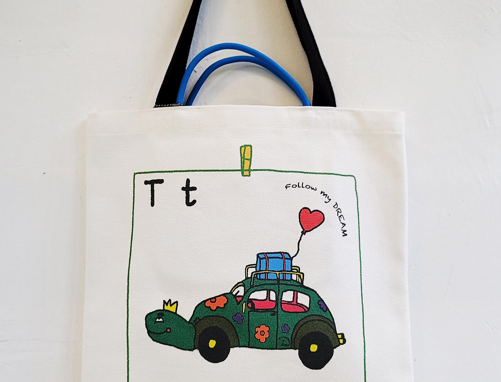 T FOR Turtle TOTE BAG