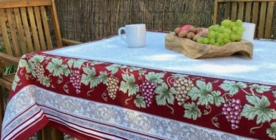 Red Vendange Jacquard Tapestry Tablecloths
