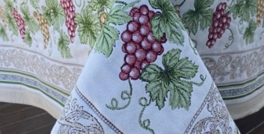 Ecru Vendange Jacquard Tapestry Tablecloths