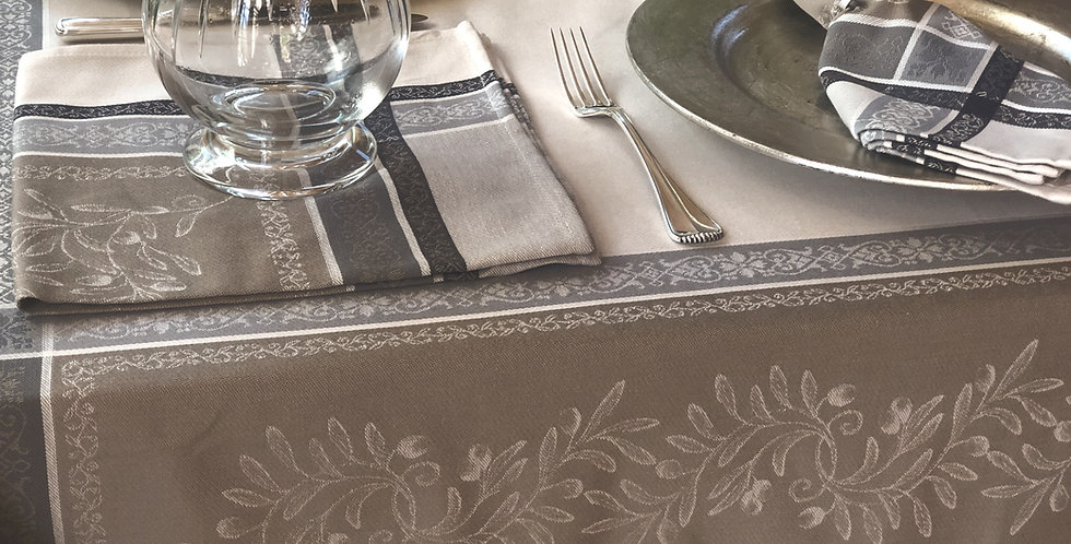 French Tablecloth Jacquard Beige Olivia