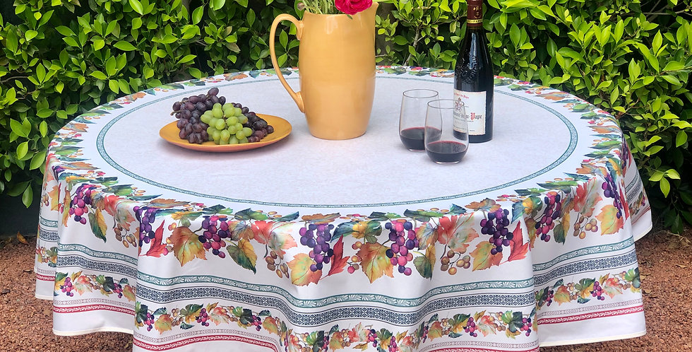"""French Tablecloth Coated 70"""" Round Grapes"""