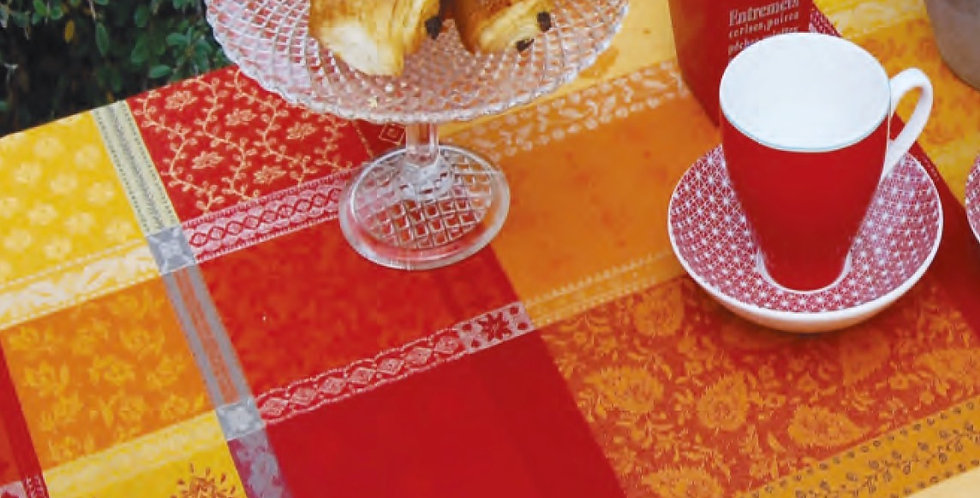 Red Valescure Jacquard Woven Tablecloths