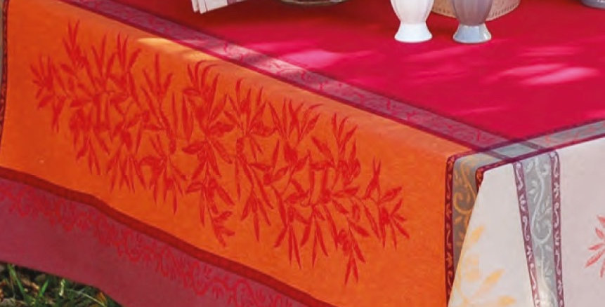 French Tablecloth Jacquard Red Olive