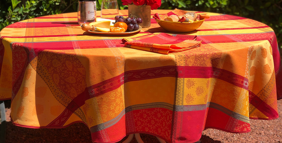 """French Tablecloth Jacquard Coated 69"""" Round Red Valescure"""