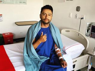 Alex Campos revela que padece enfermedad y comienza tratamiento médico.
