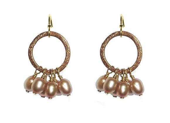 Frilly Pearls Earrings