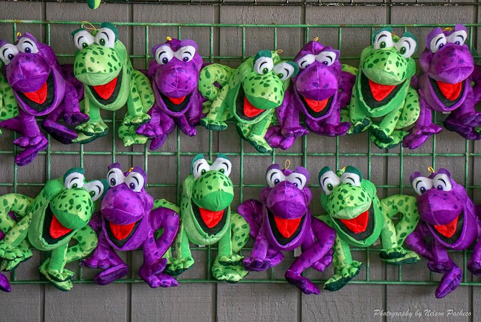 Carnival Frogs.jpg