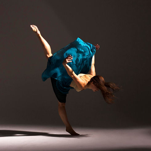 Zahira blue skirt by erikderoij.jpg