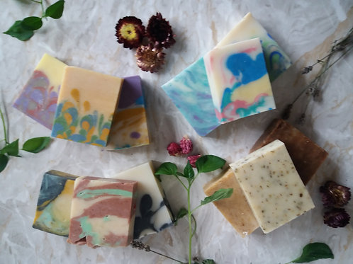 NATURAL SOAP GIFT SET 5