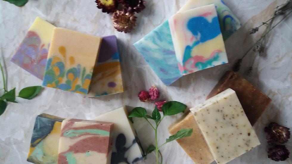 NATURAL SOAP GIFT SET 5