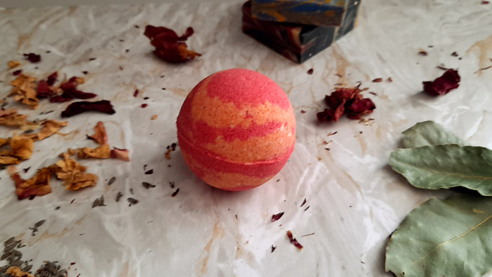 Mars Bubble Bath Bomb  Strawberry 150g