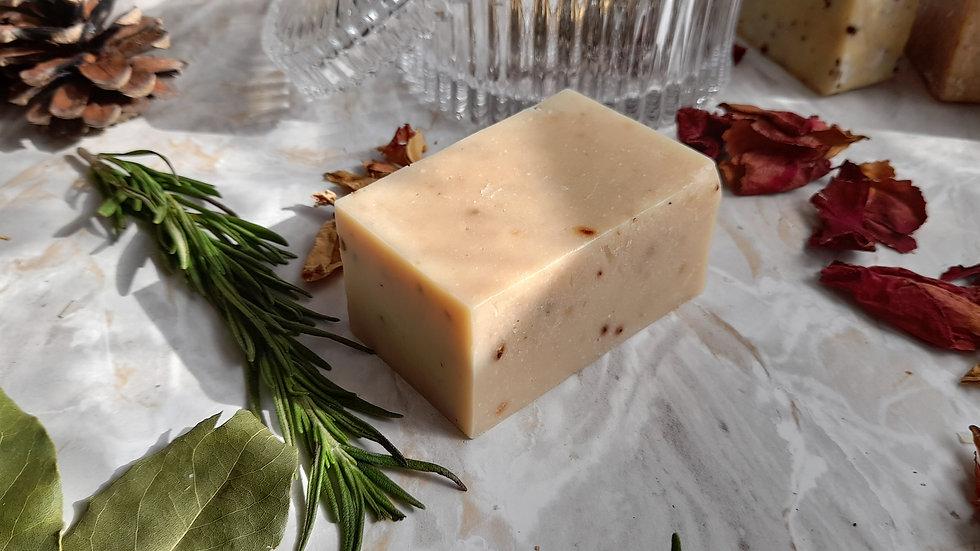 Handmade Natural Soap Bar Strawberry & Aloe Vera 120 g fragrance free