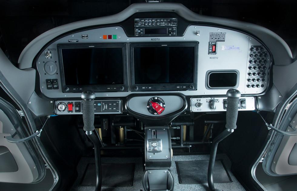 Tecnam P2008 Intérieur