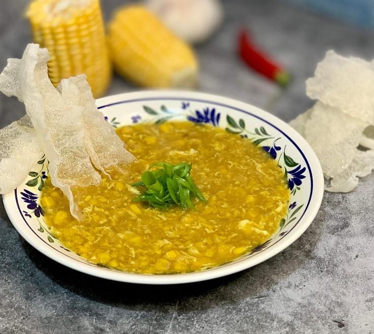 מתכון מרק תירס סיני כמו של שנות השנומים עם נטיפי ביצה