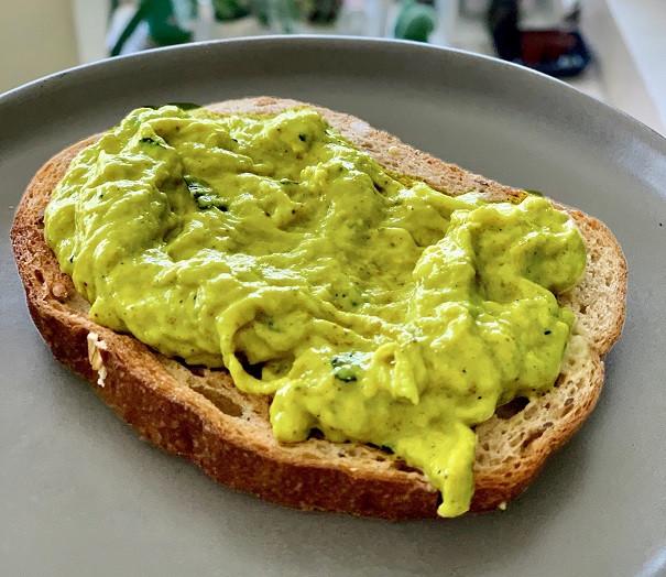 טחינה מפיסטוקים טחונים פיסטוק ירוק ממרח