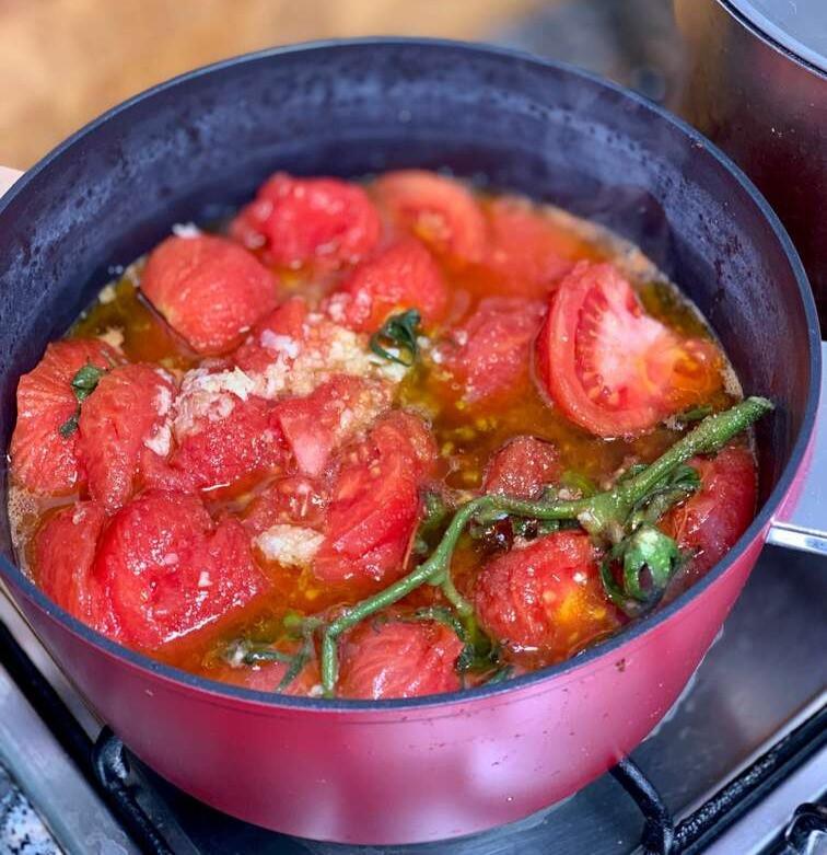 מתכון הכי פשוט בעולם למרדומה טריפוליטאית אסלי מעגבניות ושום