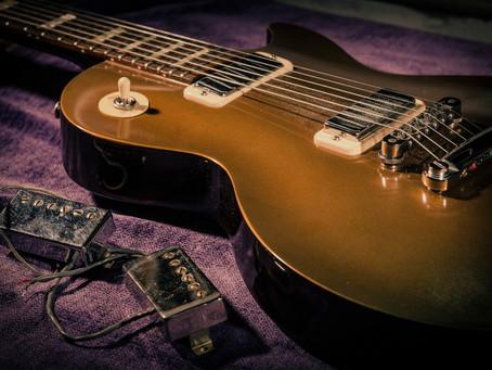 A Guitarra e a Democracia