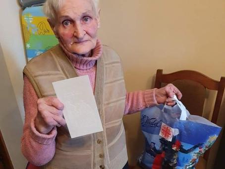 акція допомоги для літніх людей = akcja pomocy dla osób starszych =