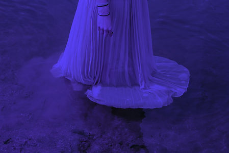 ethereal-dress%20in%20water_edited.jpg