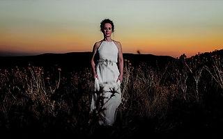 priestess1.jpg